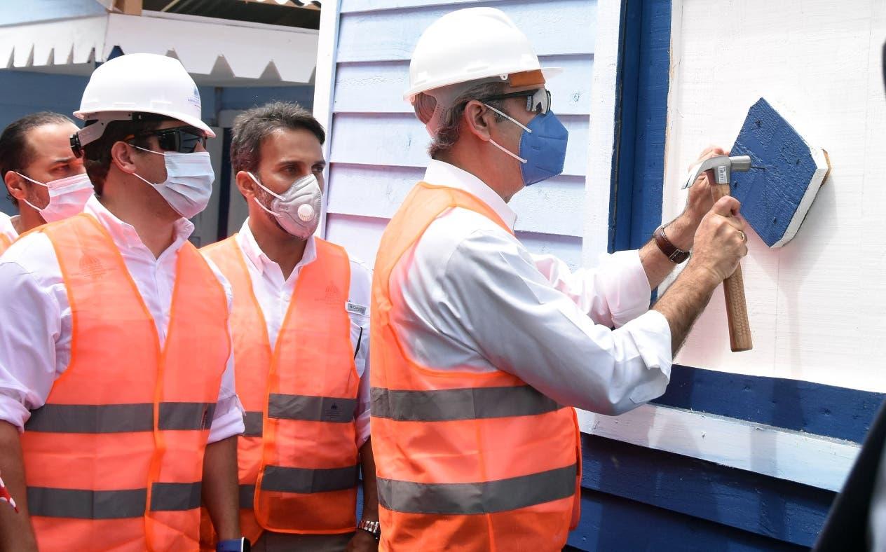 Gobierno llama licitación para mejoras y reconstruir 30 mil viviendas