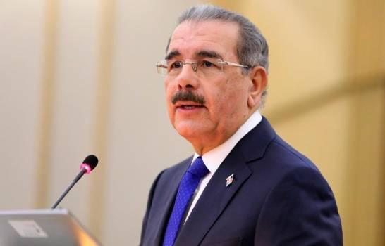 Danilo Medina: «Los peledeístas se acostumbraron a movilizarse por dinero»