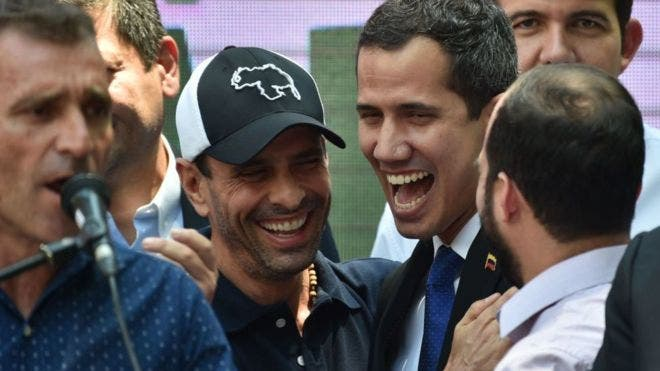 Capriles y Guaidó: las elecciones parlamentarias provocan un cisma en el seno de la oposición de Venezuela