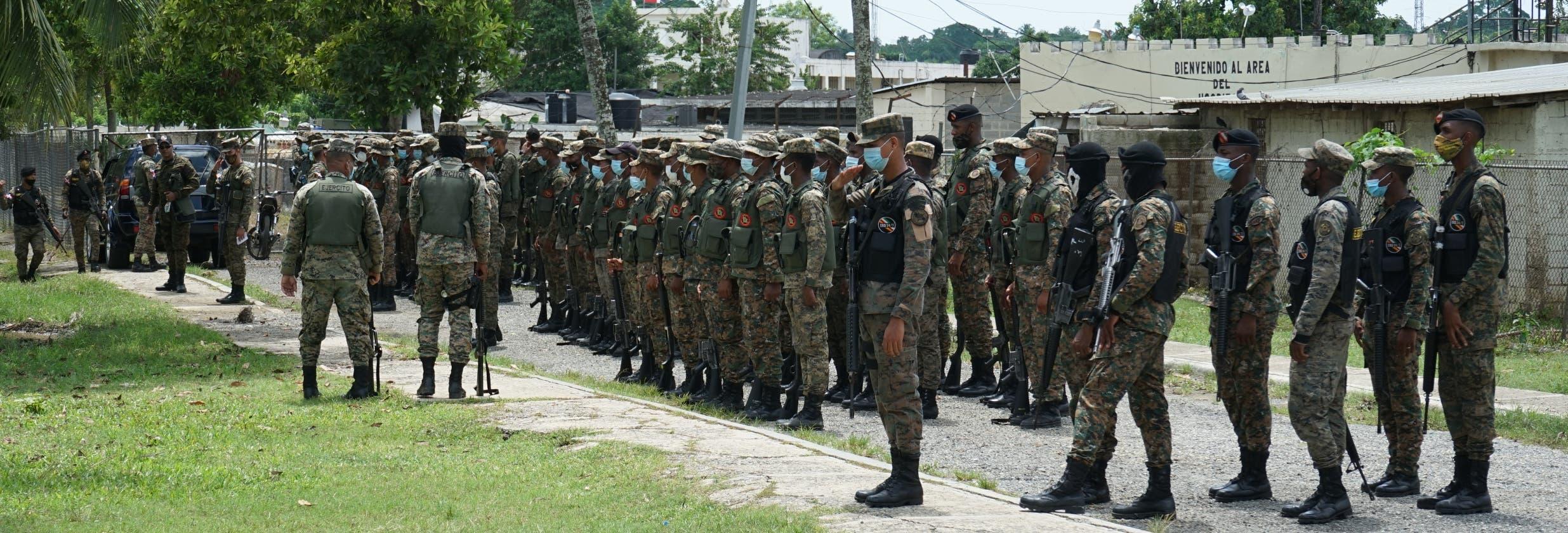 Más de mil agentes policiales y del Ejército mantendrán el control de cárcel La Victoria