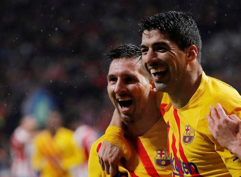 Messi arremete contra el Barsa por salida de Suárez