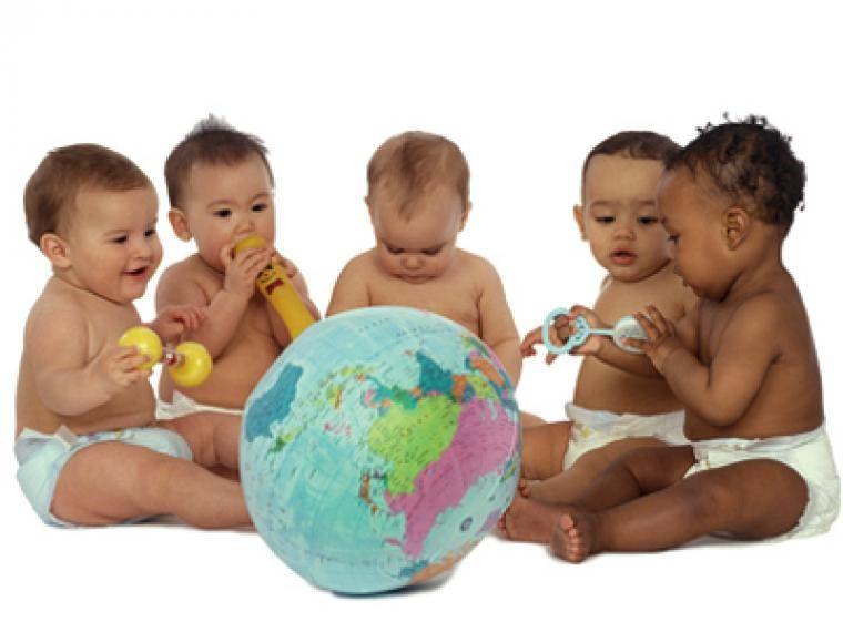 Ecuador expide un manual de adopciones internacionales
