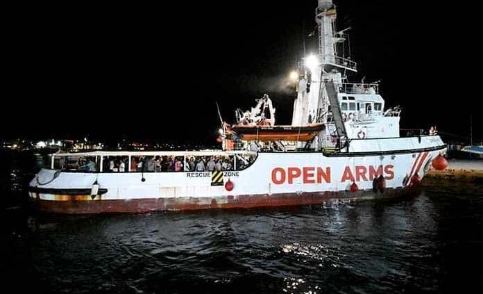 Desnutrición, sarna y violencia sexual entre los rescatados por Open Arms