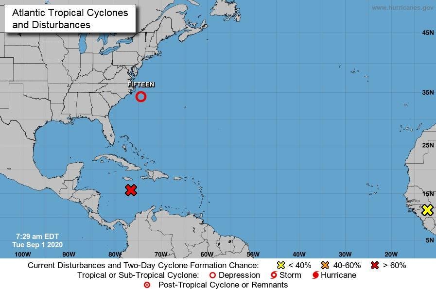 Quince se aleja de Estados Unidos y una onda avanza por el Caribe hacia Centroamérica