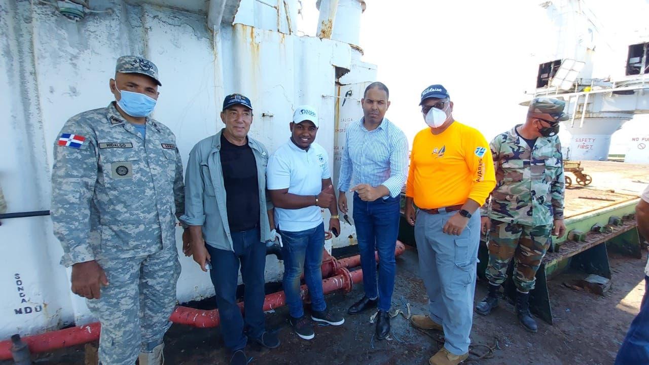 Comisión Países Bajos evalúa situación barco abandonado en Manzanillo