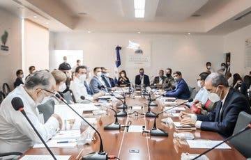 Abinader encabeza primera reunión de Consejo de Gobierno en Santiago