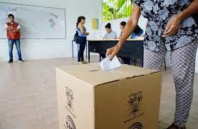 Ecuador cierra lista para la presidencia
