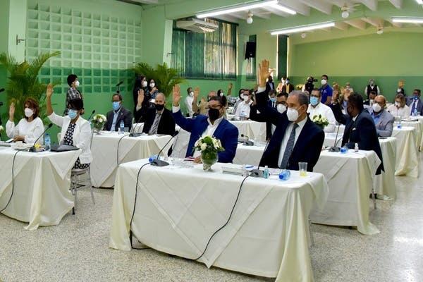 Andrés Navarro afirma bombardearon la institucionalidad del sistema educativo
