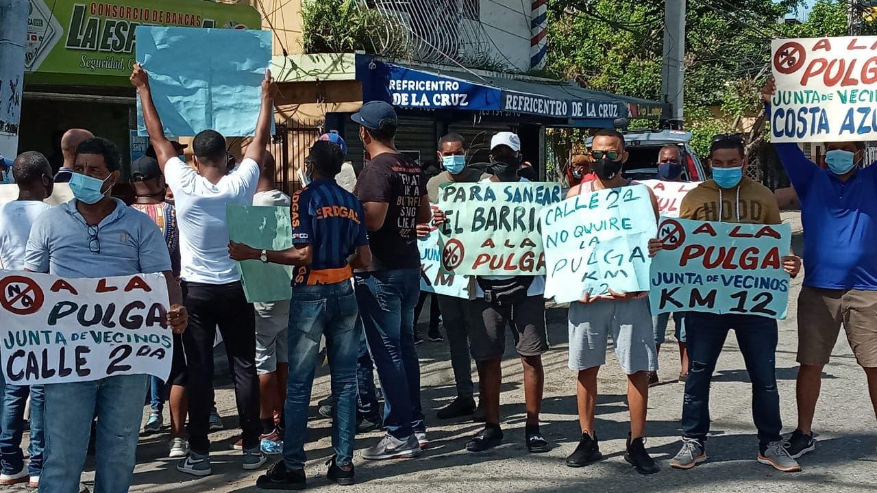 Residentes de sectores próximo a mercado La Pulga reclaman traslado de vendedores