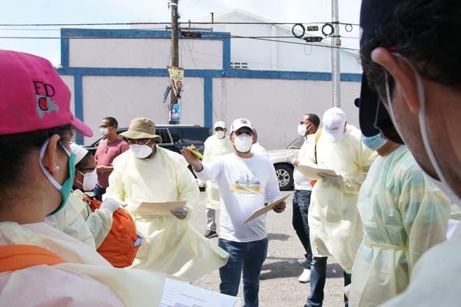 Fundación Mauricio Báez realiza más de 6,000 pruebas PCR y entrega mascarillas en operativos