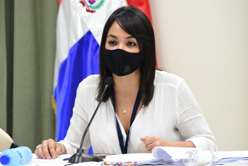Faride Raful ve correcta sanción disciplinaria impuesta al diputado Pedro Botello