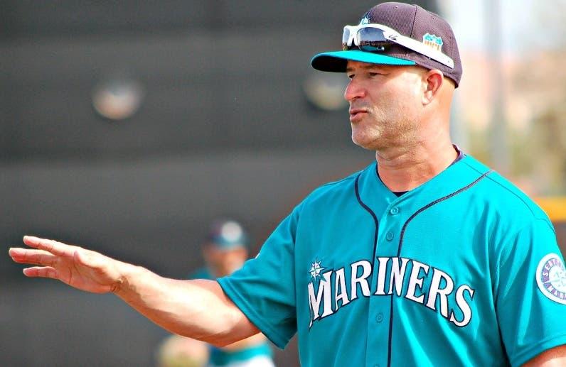 Manny Acta volverá como coach de Seattle