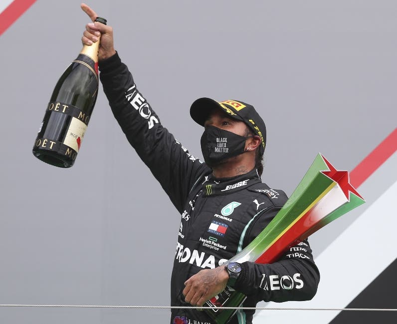 Hamilton triunfa GP Portugal; bate marca Schumacher