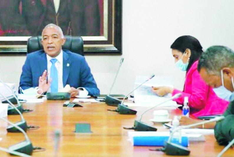 Legisladores evaluarán si ONG  entran Presupuesto