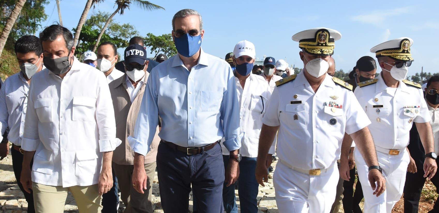 Presidente Abinader promete el saneamiento de  ríos Ozama e Isabela