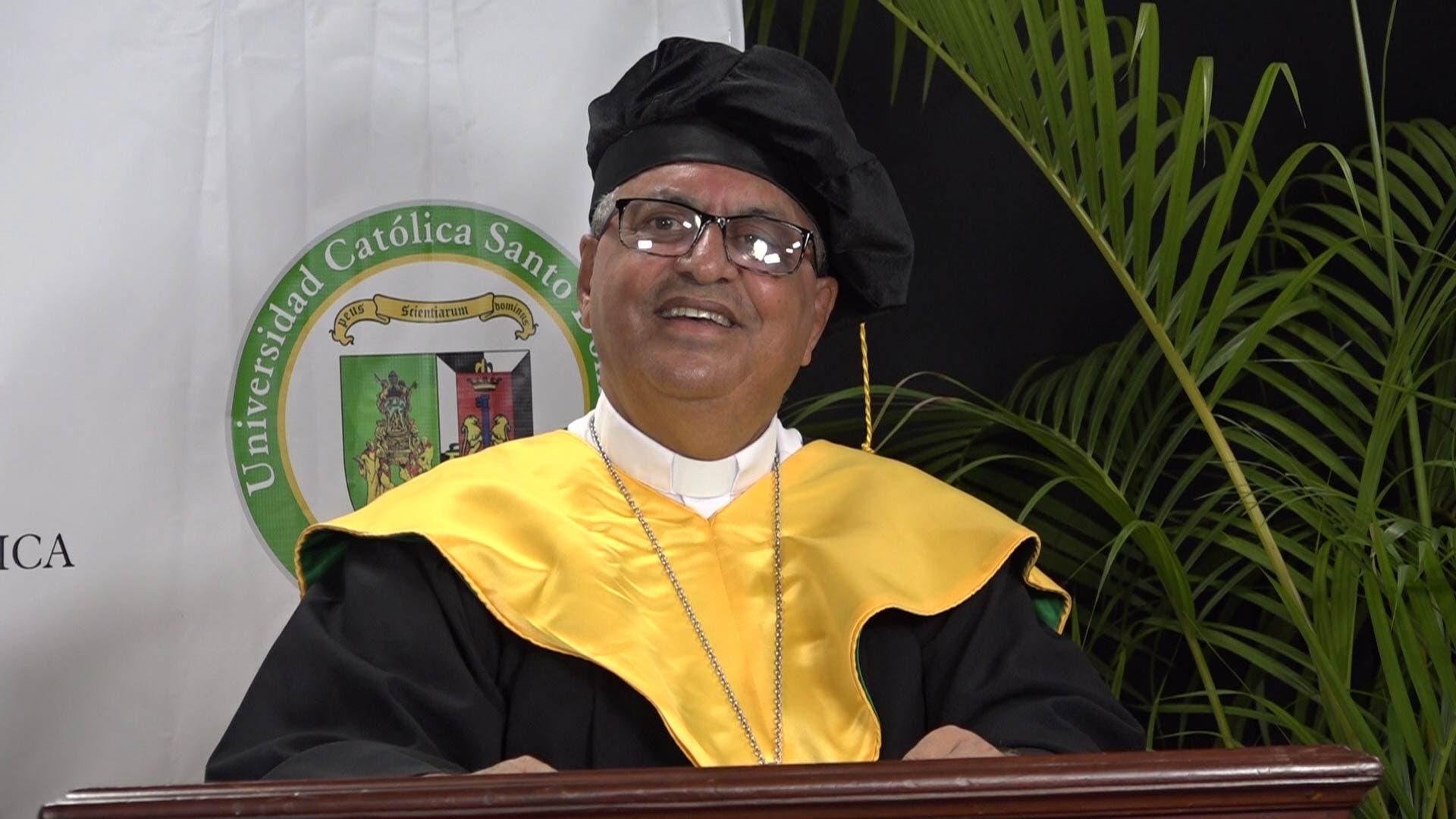 Universidad Católica de Santo Domingo gradúa a 555 nuevos profesionales en Grado y Posgrado de forma virtual
