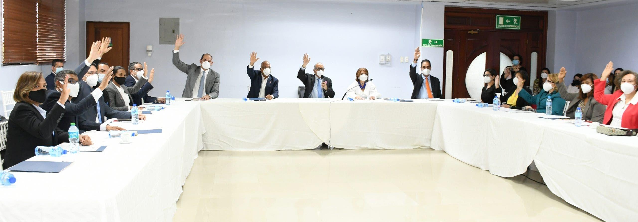 Consejo  escoge terna  para nombramiento de nuevo director ejecutivo CONAVIHSIDA