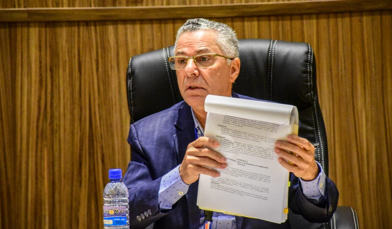 Manuel Jiménez aclara contratos con COMLURSA fueron suscritos por ex alcaldes PLD