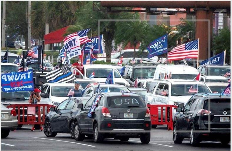 Miles recorren Miami en caravana contra el comunismo y a favor de Trump