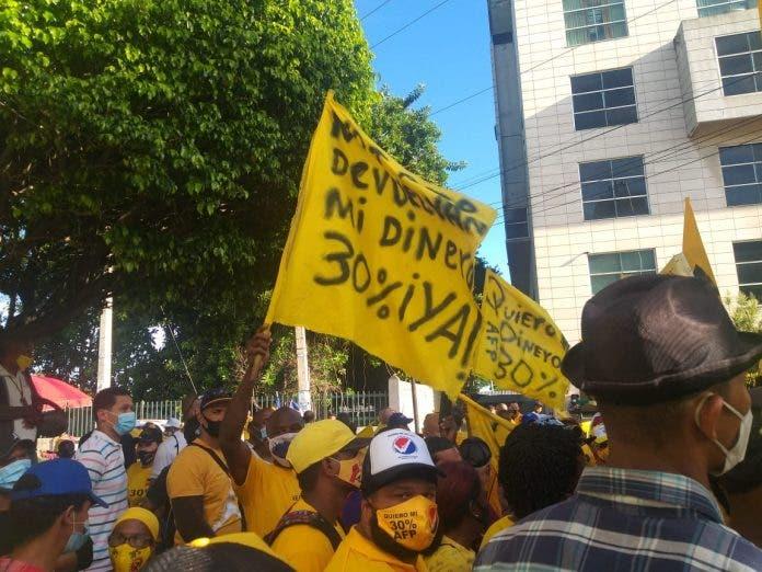 protesta-696x522