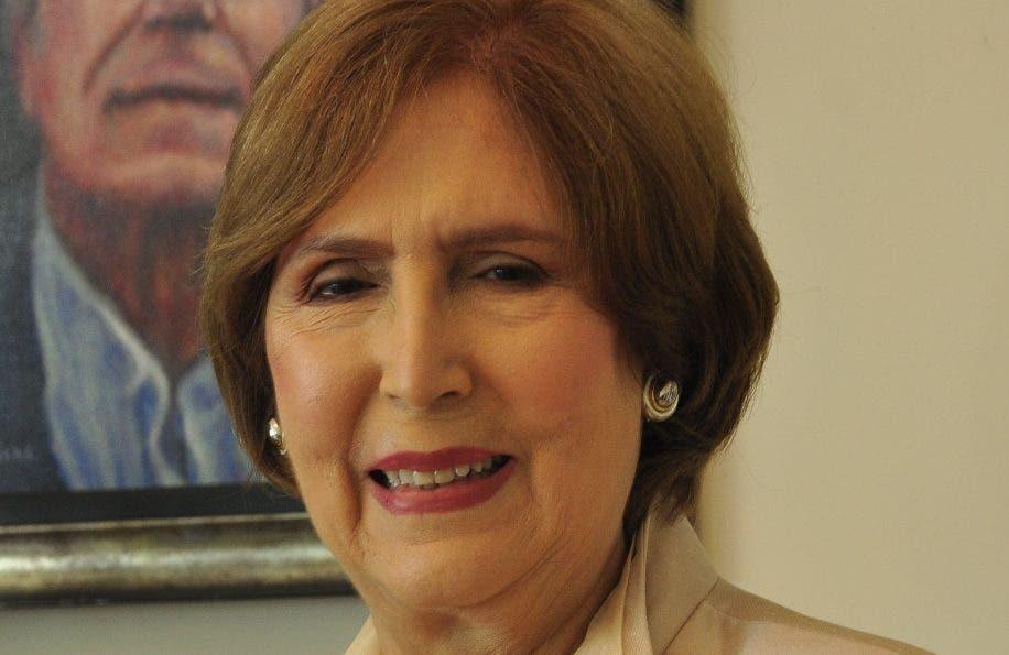Ministra de Cultura busca impulsar programas culturales en la provincia Hermanas Mirabal