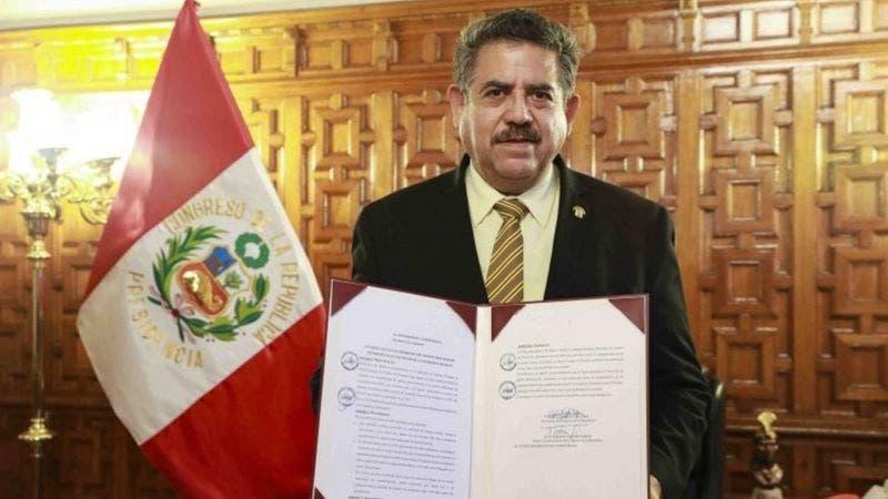 Martín Vizcarra: quién es Manuel Merino, el presidente del Congreso de Perú que reemplazará al ahora exmandatario