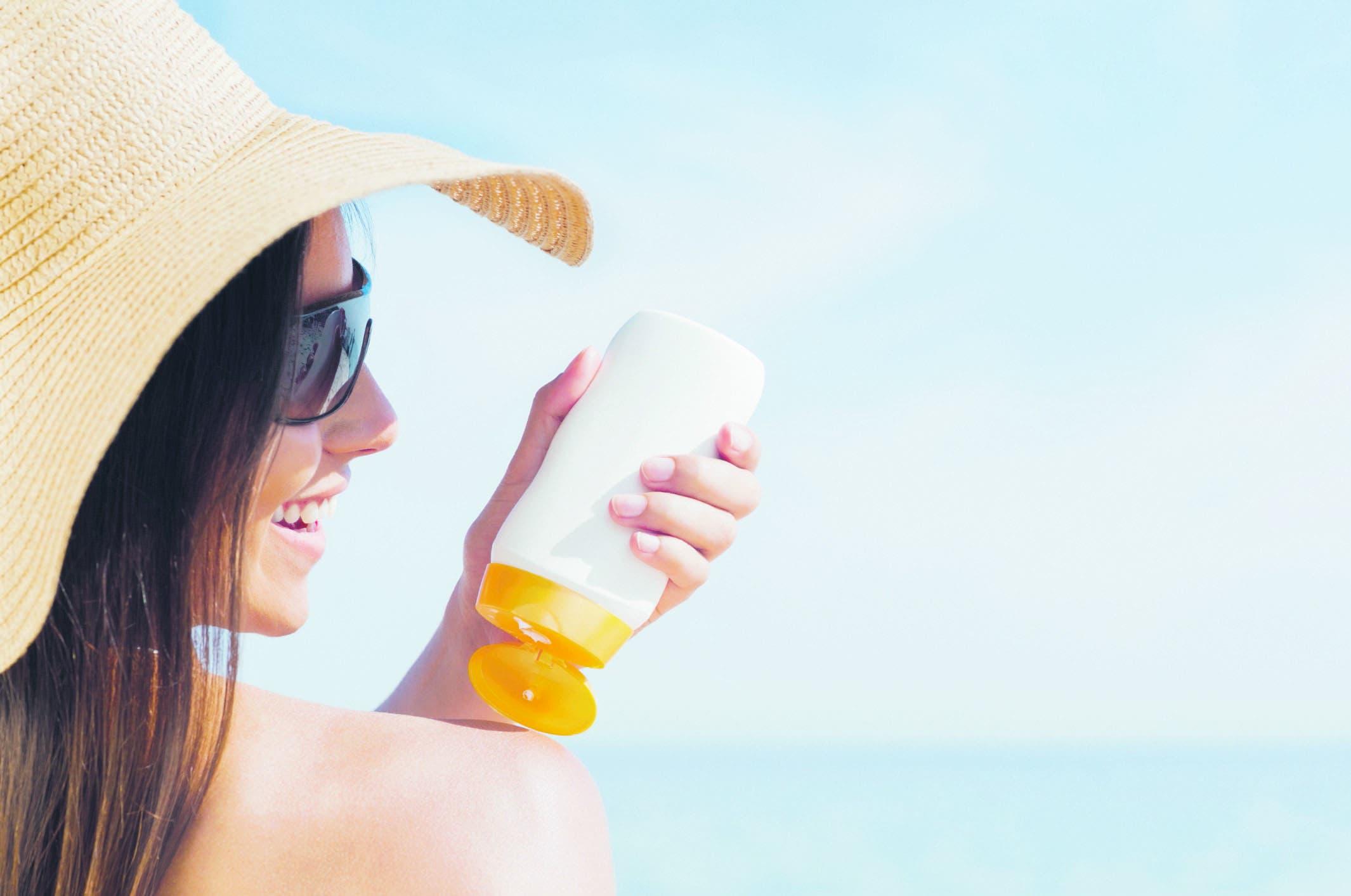 Protección solar es elemental para evitar el  cáncer de piel
