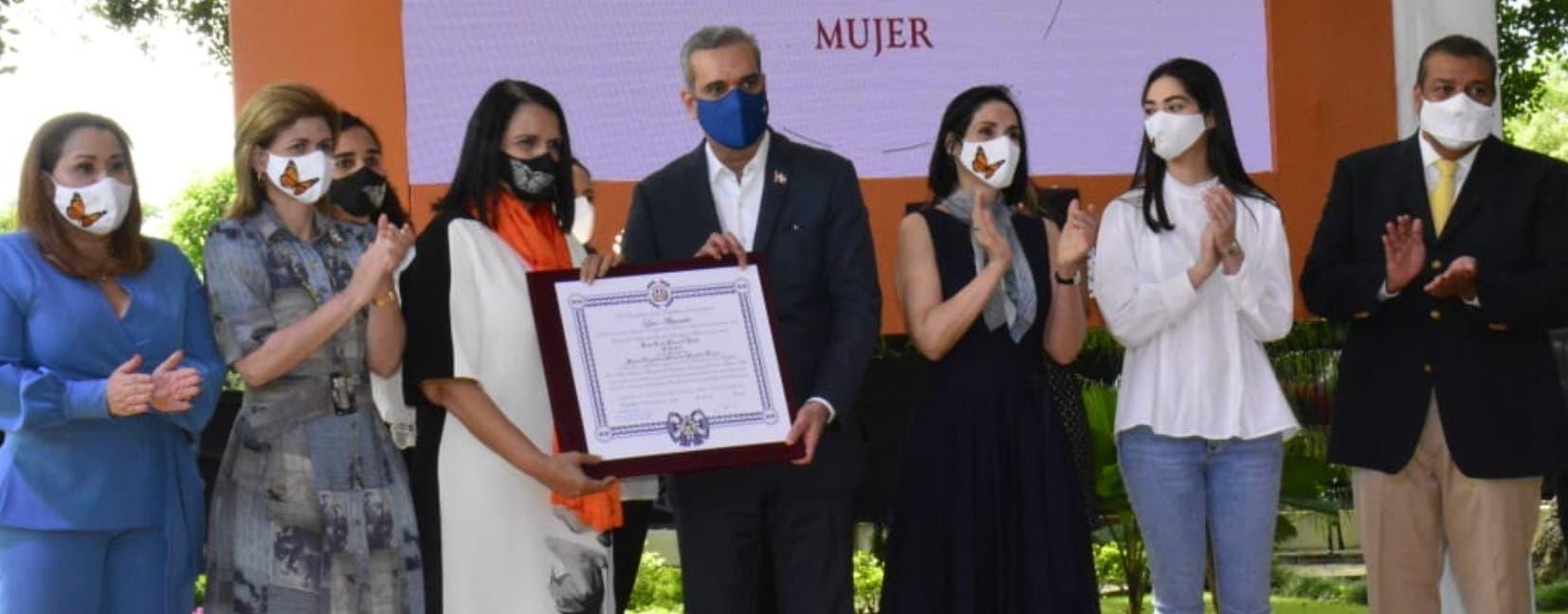 El Presidente resalta la valentía y legado de las hermanas Mirabal