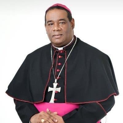 Monseñor Jesús Castro Marte califica el matrimonio infantil como una «aberración inaceptable»