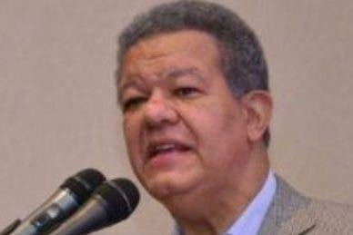 Leonel aclara no tiene problemas con el PLD