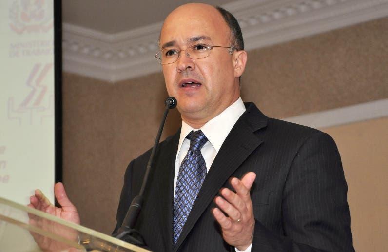 Domínguez Brito asegura el PRM y FP tienen alianza
