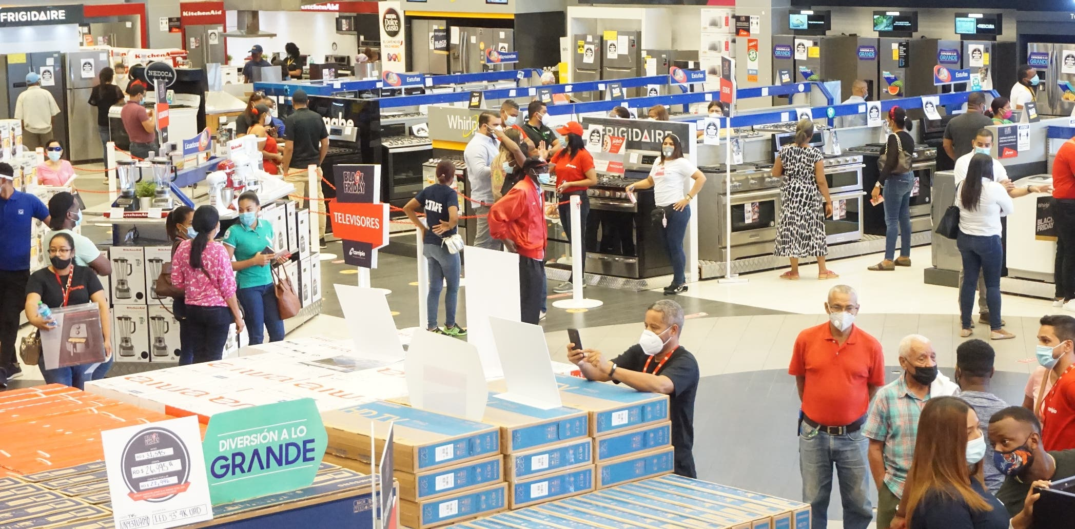 Los comerciantes esperan que Viernes Negro reactive ventas
