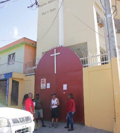 Fundación denuncia desalojo ilegal escuela