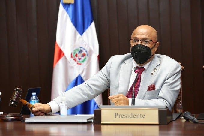 Diputados llenan vacantes sin tomar en cuenta hijo de Josefa Castillo