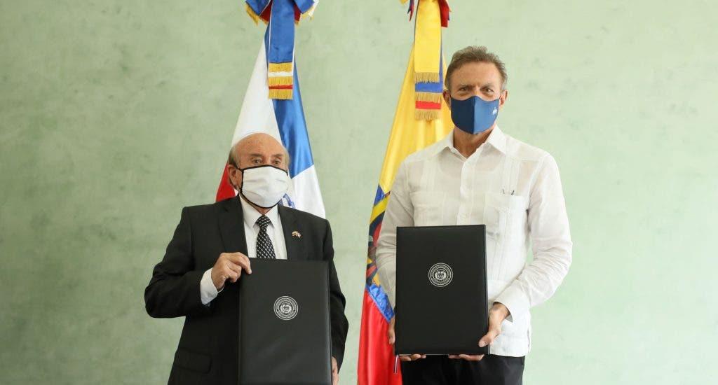RD y Ecuador firman memorando de entendimiento en materia comercial