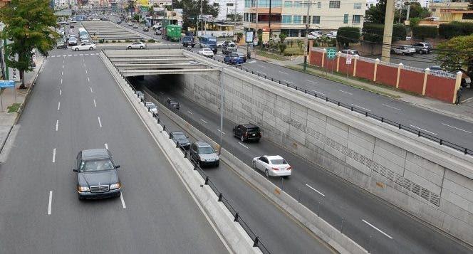 Obras Públicas cerrará elevados, puentes y túneles en el Gran Santo Domingo por mantenimiento