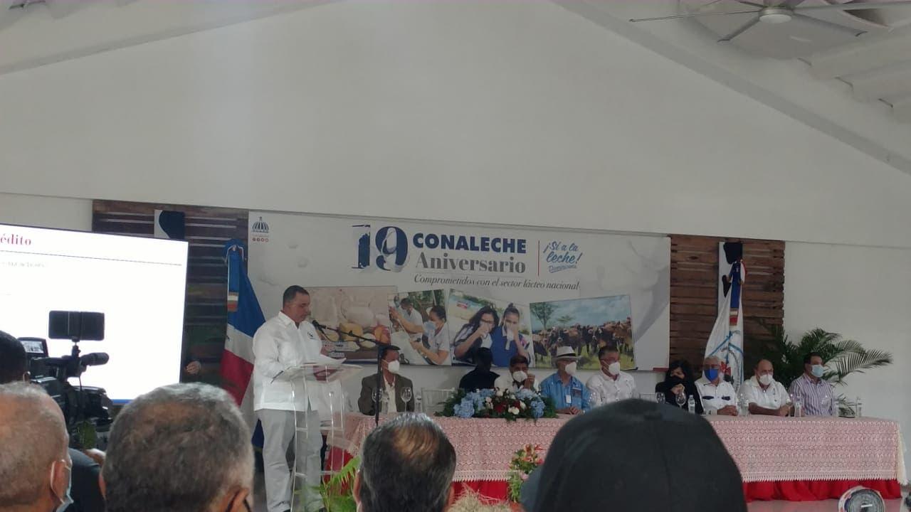 CONALECHE maneja un fondo de mil millones de pesos, según Banco Agrícola