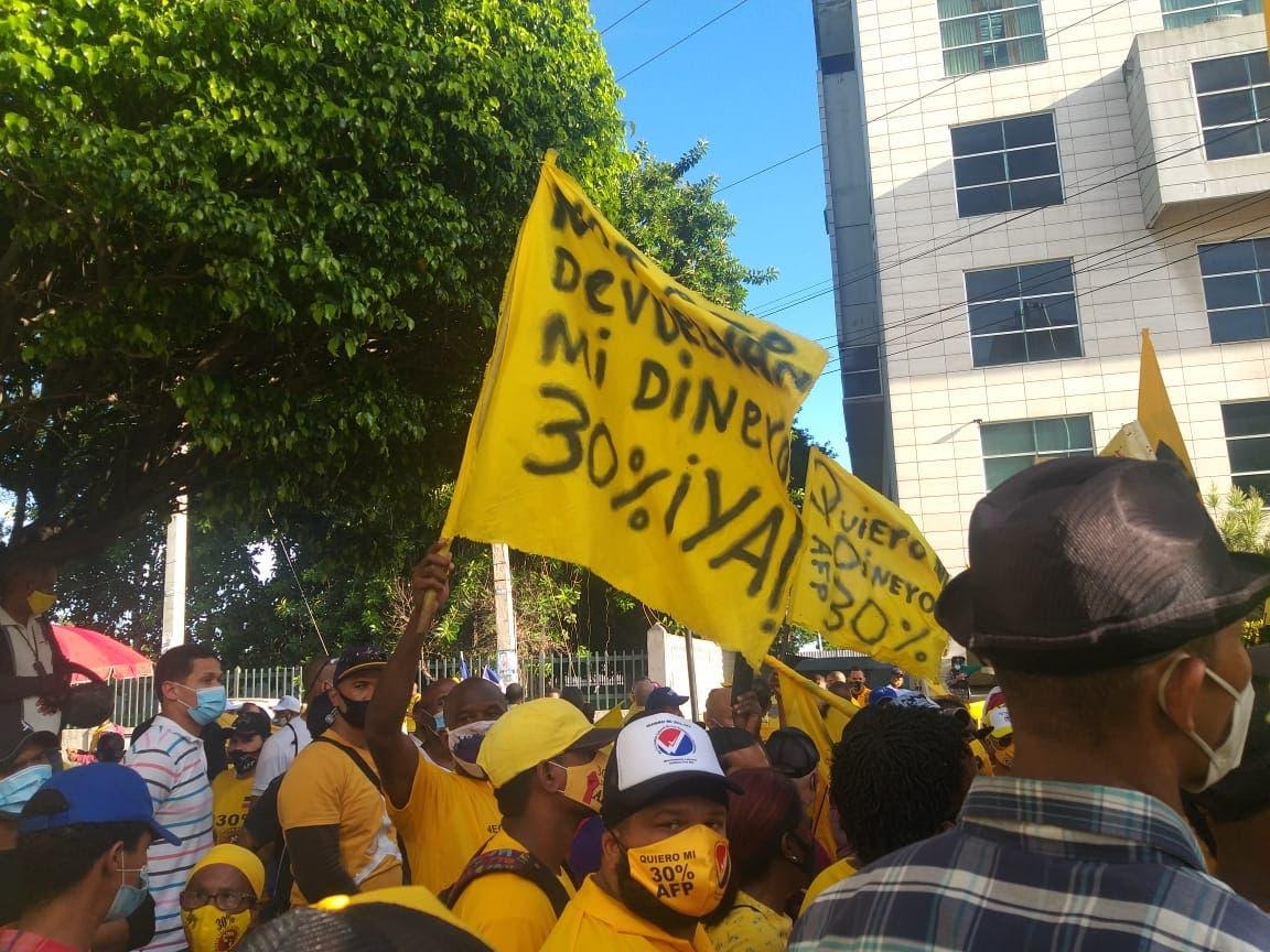 Sindicalistas llaman a rechazar convocatoria de Botello a movilización por Fondo Pensiones