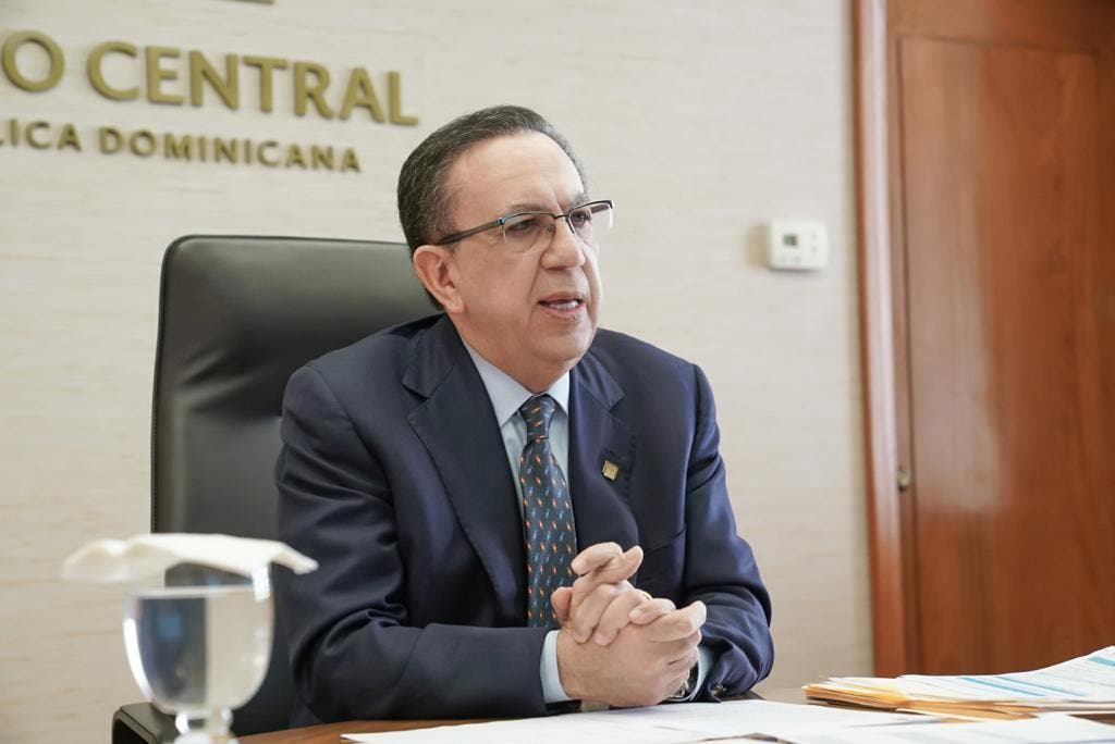 Valdez Albizu participa en reunión del Consejo Monetario Centroamericano