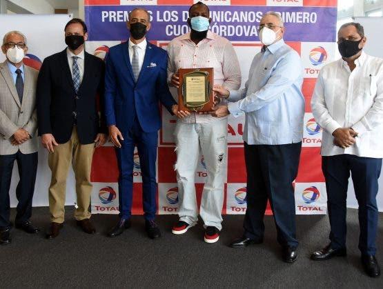 Dedican al Inmortal Vladimir Guerrero Premios Los Dominicanos Primero Cuqui Córdova