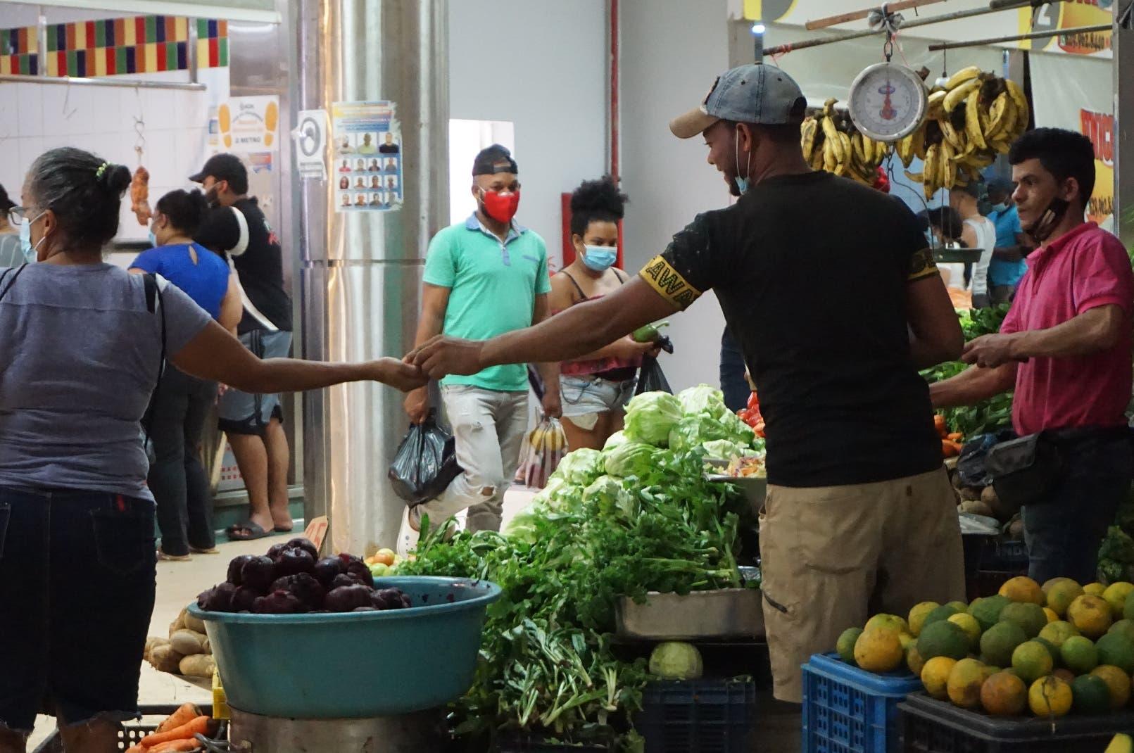 Viceministro asegura Gobierno enfrentara alzas en precios de alimentos