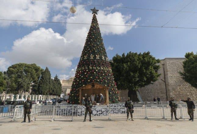 Coronavirus da un tono apagado a celebraciones navideñas en Belén