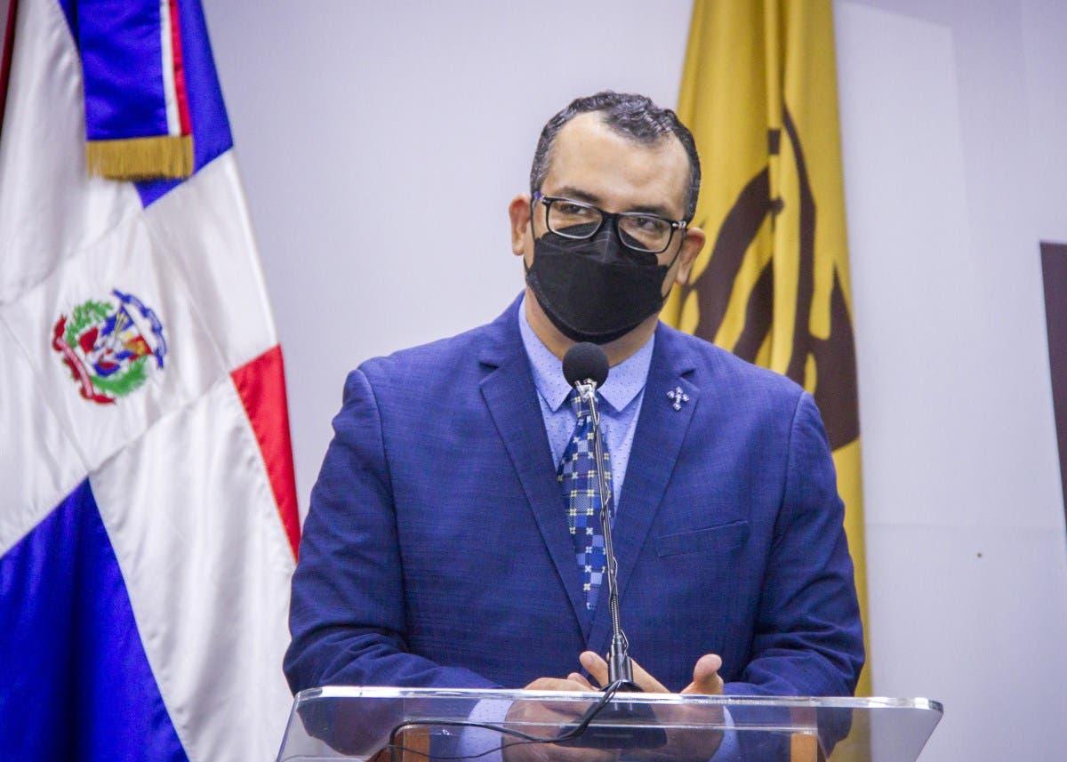JCE se propone empadronar 1 millón 200 mil dominicanos en el exterior
