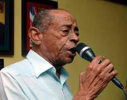Fallece merenguero Vinicio Franco por Covid-19