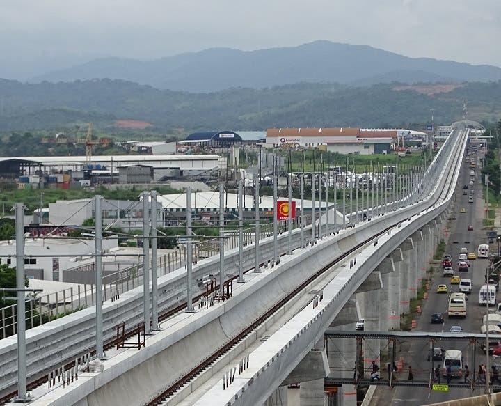 China construirá 10.000 kilómetros de tren urbano e interurbano en cinco años