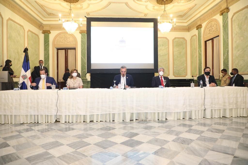 Abinader encabeza décima sesión Consejo Competitividad y exhorta a sociedad comprometerse grandes cambios necesita país