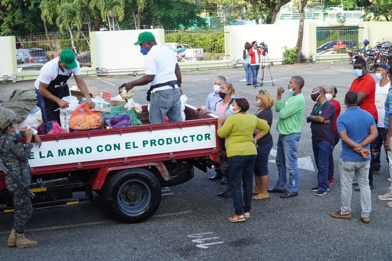 Agricultura e Inespre inician operativos de Navidad en 135 puntosdel Gran Santo Domingo