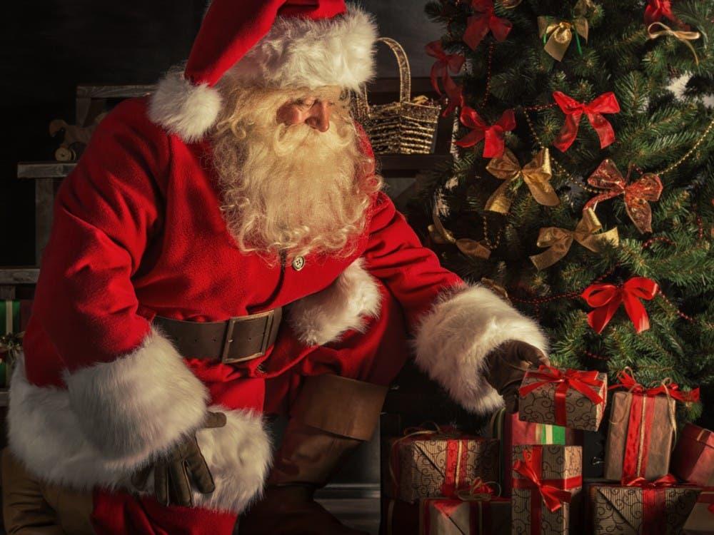Papa Noel no deberá hacer cuarentena en Nueva York, pero sí usar mascarilla