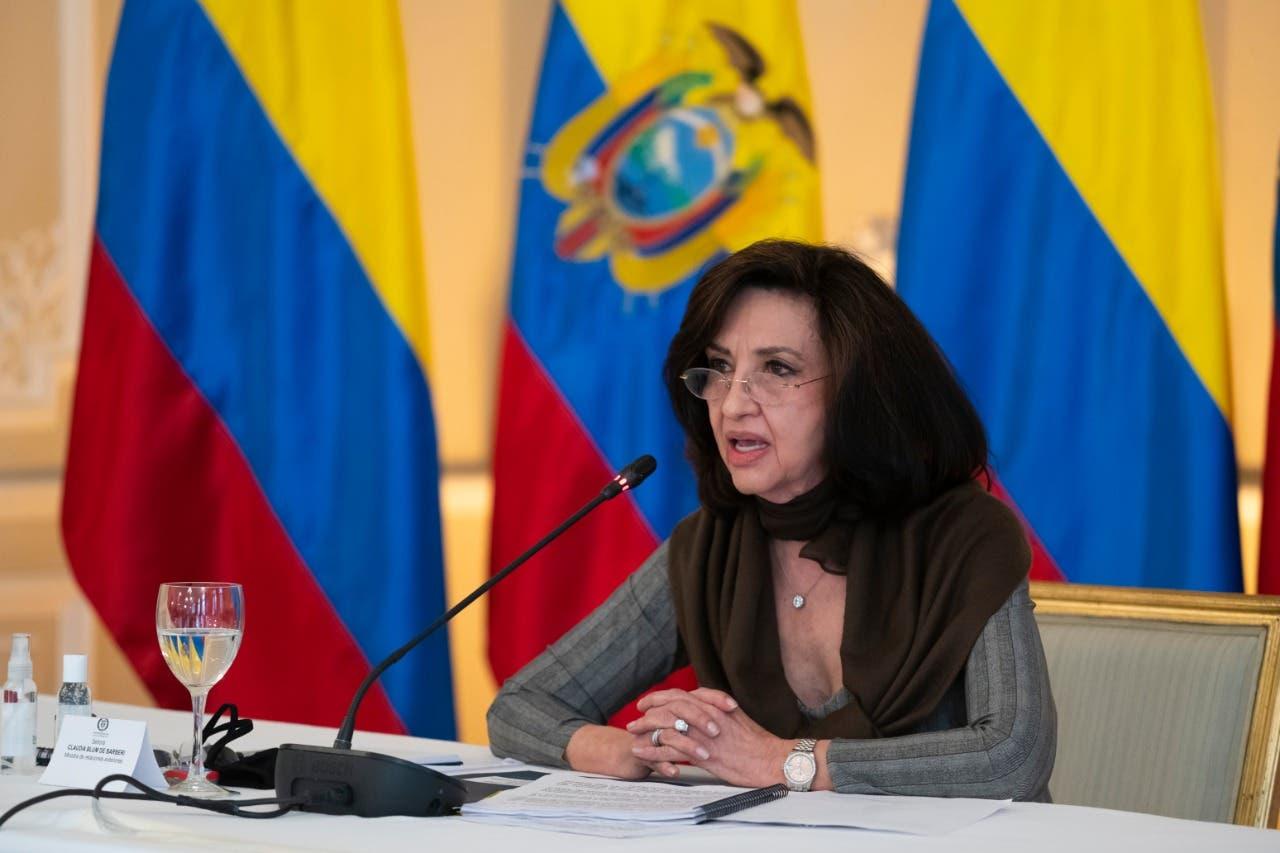 Colombia ordena la salida del país de dos funcionarios de la embajada rusa