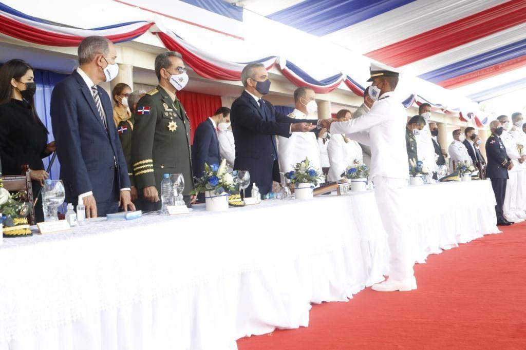 Abinader dispone pago retroactivo de RD$49 millones a militares pensionados